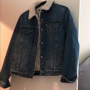 Levi's Sherpa lined jean jacket!